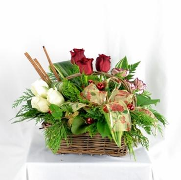 Deluxe Basket of Holiday Cheer